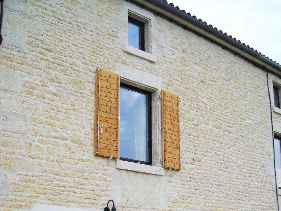 Fenêtres avec volets