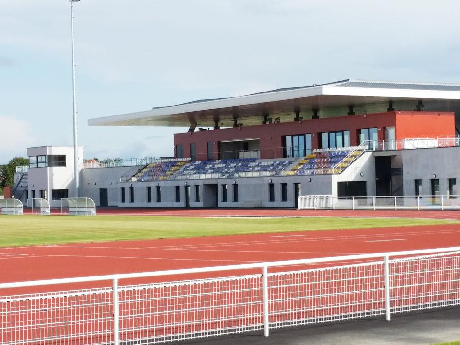 Fenêtres du stade parthenay